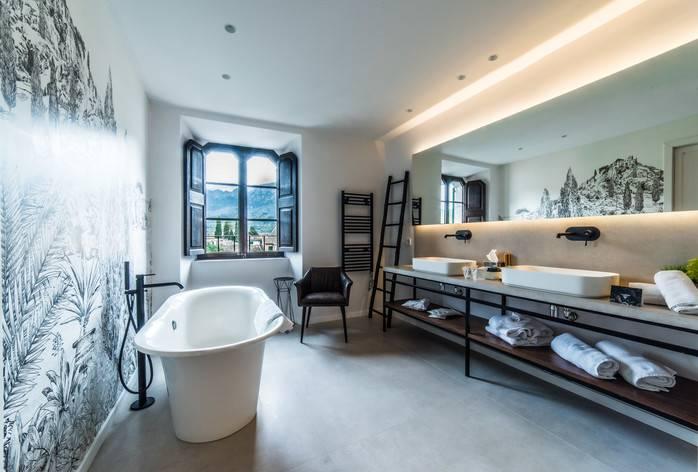 Avenida Luxury Suite baño