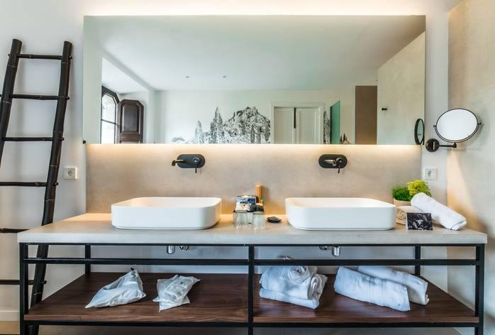 Avenida Luxury Suite baño 2